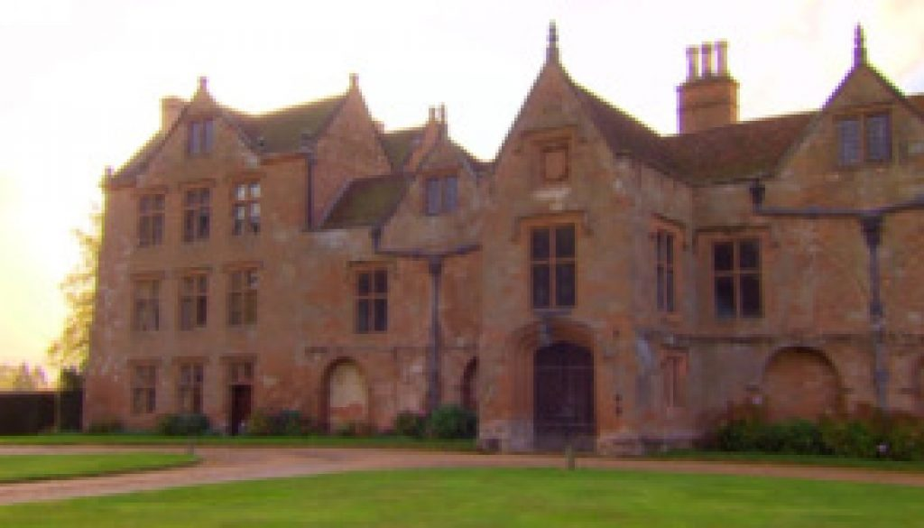 The Elizabethan and Jacobean Country House – Dr David Bostwick.